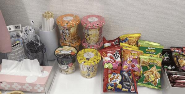 アスタリスク新宿店の軽食類