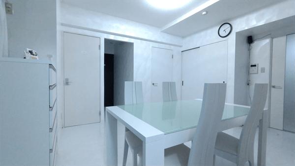 グラマラスブランドグループのオフィスは清潔感があり、安心できる